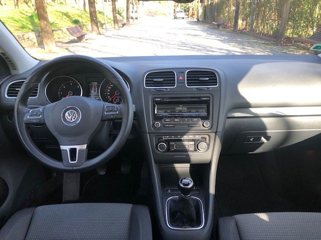 VW Golf 1.6 TDi Edition (Vendido)